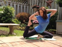 Interview with Lisa V – A Vinyasa Yoga Teacher & Prana Flow Triber